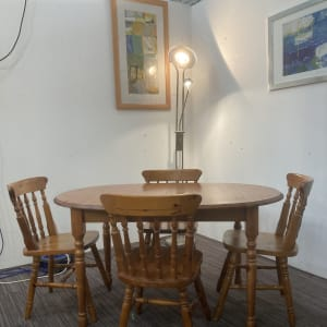 Extendable Pine table and four chairs