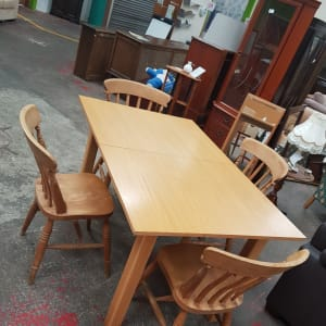 Dining Table and Chair Set - Bilston
