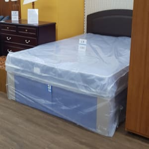 Brand new double divan bed sets Lincoln