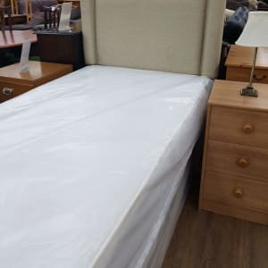 Brand new Cardiff bed with headboard